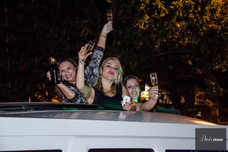 Aluguel de Limousine Branca para Despedida Preço Bauru - Aluguel de Limousine para Despedida