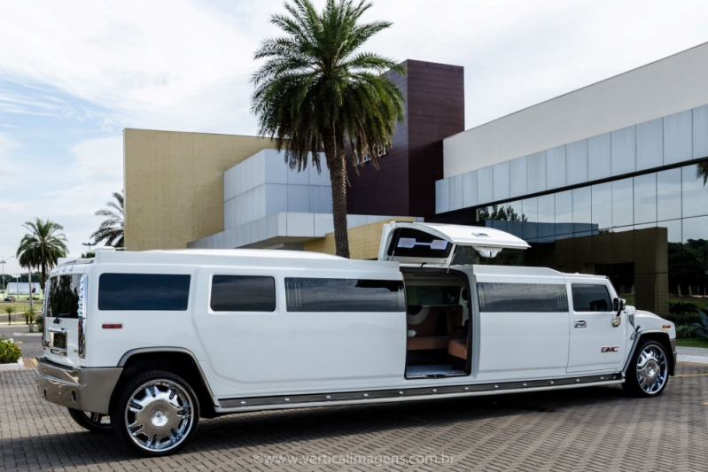 Aluguel de Limousine de Luxo para Formatura José Bonifácio - Limousine de Luxo Branca para Boda de Ouro