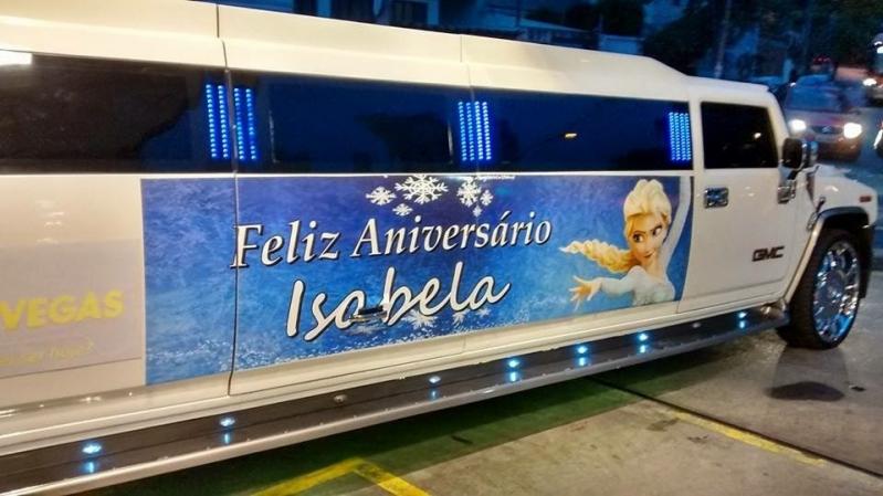 Aluguel de Limousine Festa Infantil Preço São Sebastião - Aluguel de Limousine Branca para Festas