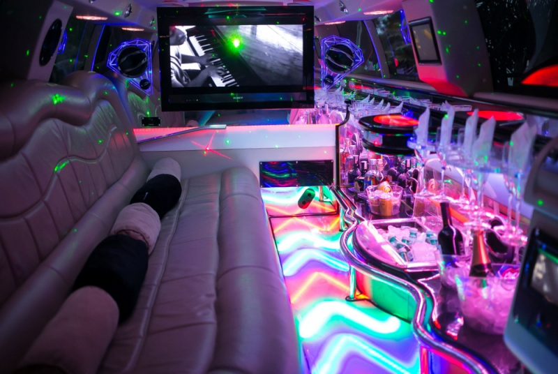 Aluguel de Limousine Preta para Despedida de Solteiro Vila Mazzei - Aluguel de Limousine para Debutante