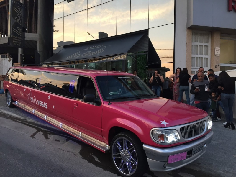 Aluguel de Limousine Rosa para Aniversário ABCD - Aluguel de Limousine Rosa para Aniversário