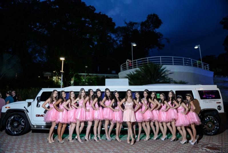 Aluguel de Limousines para Festa Debutante Vila Formosa - Aluguel de Limousine Branca para Festas