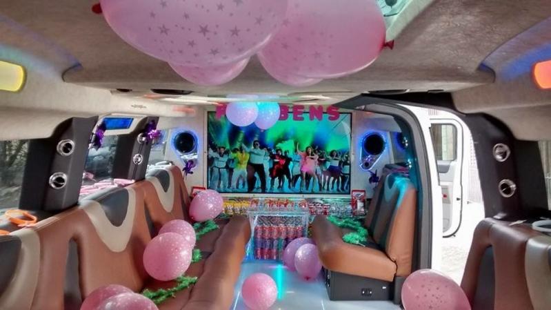 Empresa de Aluguel de Limousine de Aniversário Debutante Jardins - Aluguel de Limousine Rosa para Aniversário