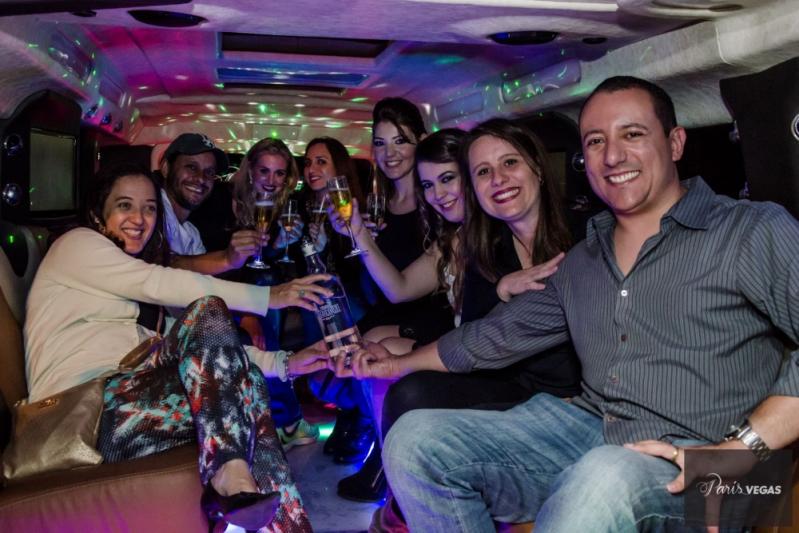 Empresa de Aluguel de Limousine para Despedida de Solteira Santa Efigênia - Aluguel de Limousine para Despedida