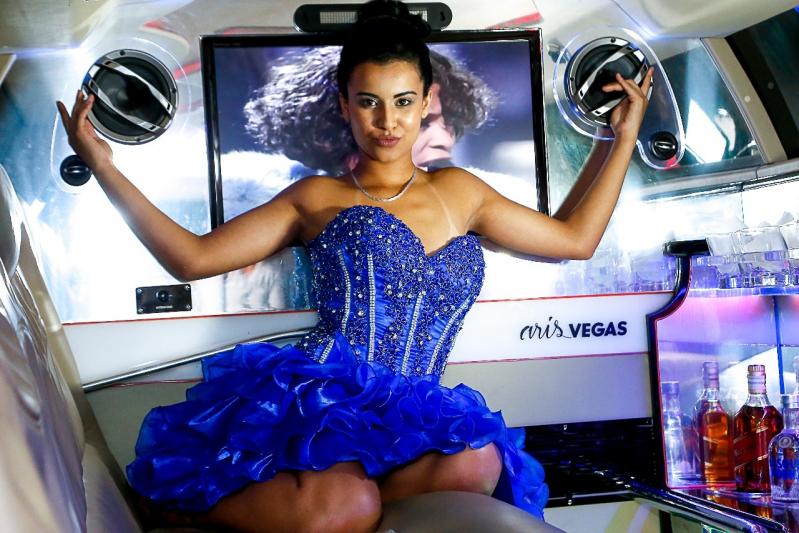 Empresa de Locação de Limousine para Dia de Princesa Taboão da Serra - Locação de Limousine para Seminário