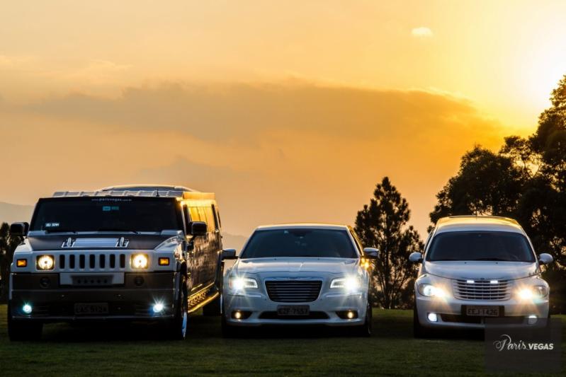 Limousine de Luxo Branca para Bodas de Casamento Parque do Carmo - Limousine de Luxo para Despedida de Solteiro