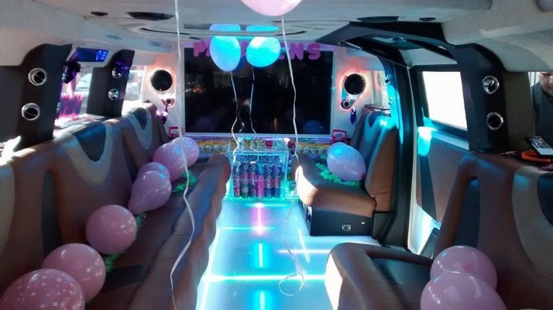 Limousine para Aniversário de 15 Anos Preço Santo Antônio da Posse - Limousine para Bodas de Casamento