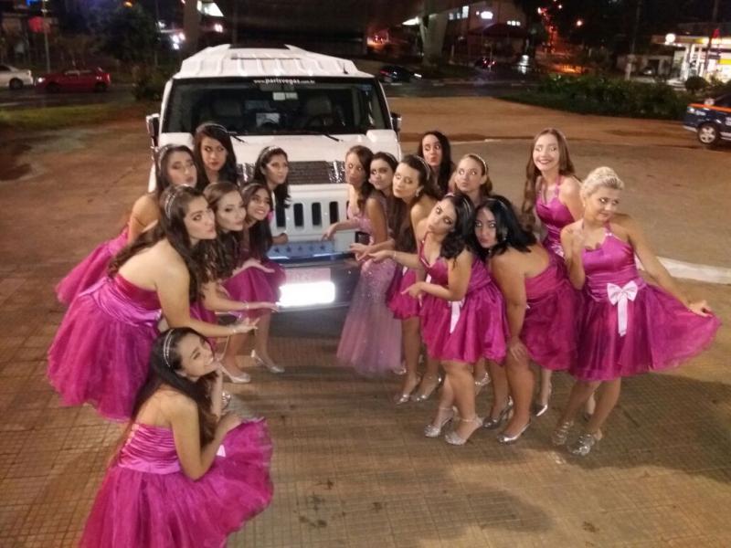 Limousine para Aniversário de 15 Anos Tanquinho - Limousine para Bodas de Casamento