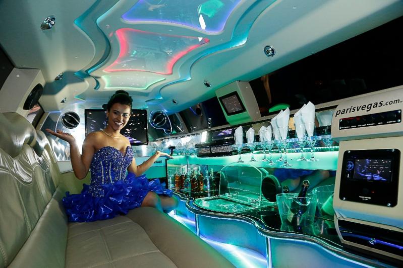 Onde Encontro Aluguel de Limousine para Festa Debutante Mandaqui - Aluguel de Limousine Branca para Festas