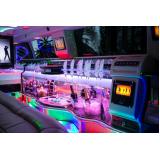 aluguel de limousine de luxo para jantar romântico preço Marapoama