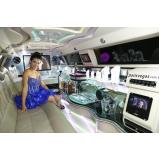 aluguel de limousine para festa debutante Santos