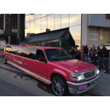 aluguel de limousine rosa para aniversário Ubatuba