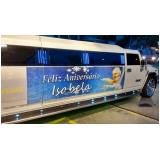 aluguel limousines para festa infantil com personagem Santa Cecília