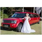 contratar limousine luxo branca para casamento Jardim das Acácias
