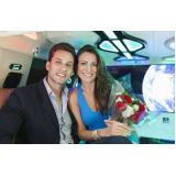 limousine de luxo para jantar romântico Pedreira