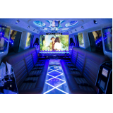 limousine de luxo para aniversário