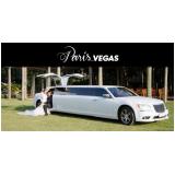 onde contratar limousine luxo branca para noivas Praia Grande