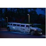 preço de aluguel limousine para formatura Brooklin